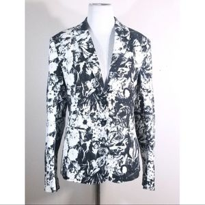 NWT Chelsea & Violet Black and White Floral Blazer